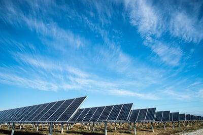 ferme panneaux solaires