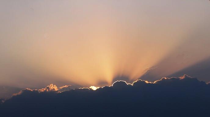 ciel-temps-nuageux-soleil